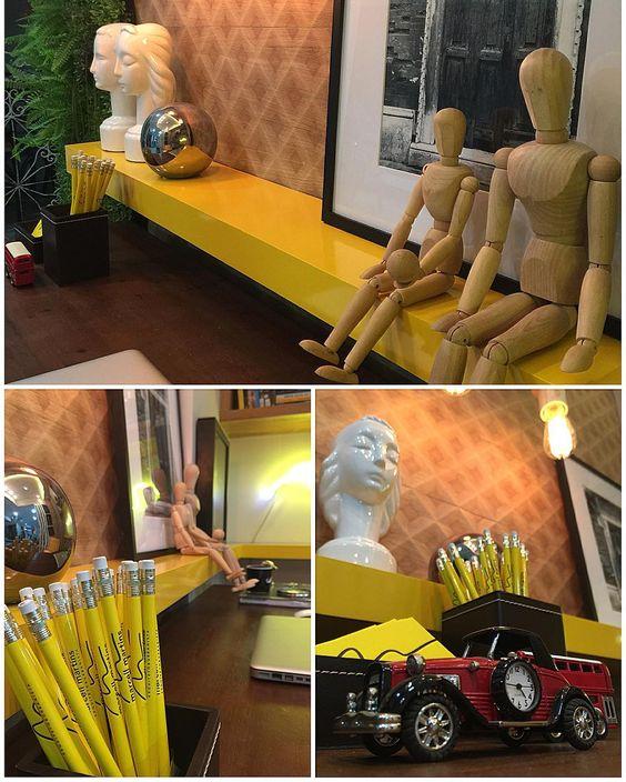 Muitos detalhes neste ambiente!! Office do arquiteto (〽️) rs.. #brasilidade…