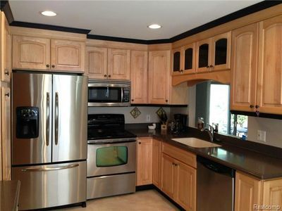 Stove Is Next To Refrigerator Images Yahoo Image Search