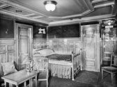 Titanic First Class Stateroom. How cool is that?