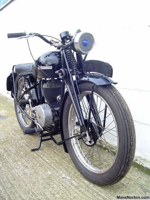 Classic English Motorcycles Of The 1940s 50s And 60s Sheldon S Emu Motorcycle British Motorcycles Vintage Bikes