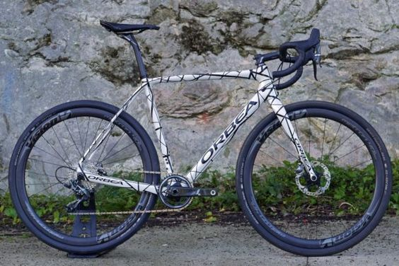 orbea-new-terra_omp_lightweight-disc-brake-carbon-gravel-road-cyclocross-bike_complete