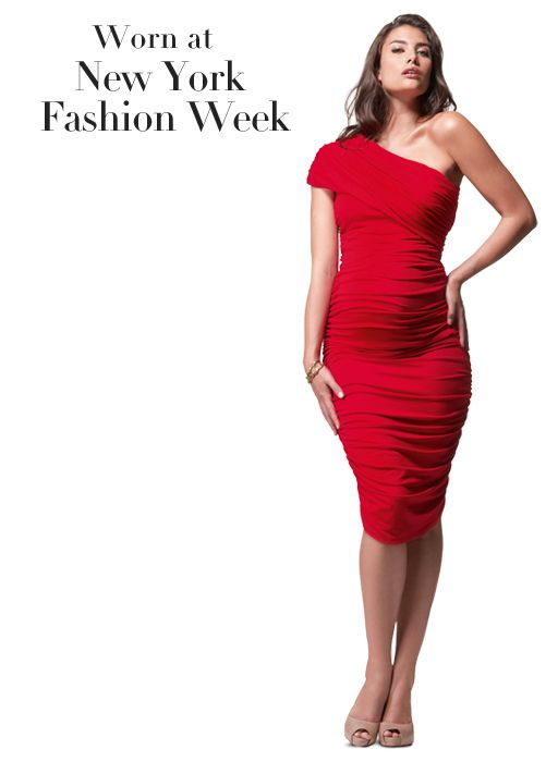 maternity Christmas dresses | Pregnancy does not mean you should be looking dull!