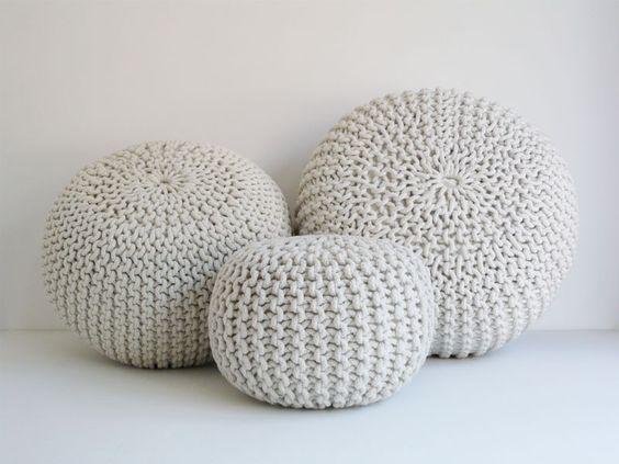 Gebreide poef super leuk woonkamer pinterest chang 39 e 3 knits and poufs - Pouf eigentijds ontwerp ...