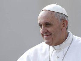 Papa Francisco quer revisão de tudo na Igreja Católica, diz arcebispo