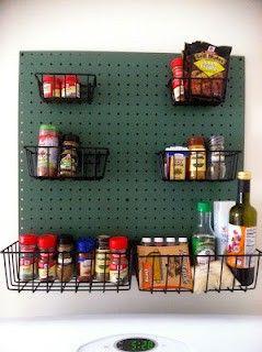 Tu se najde jedilni pribor, čajni servis, servis za kavo, sladkornica, komplet krožnikov, servirni voziček in podobno. Oglejte si izbrano ponudbo opreme za kuhinjo, jedilnico in gostilne! #outletducat http://www.ducat.si/dom-vrt/posoda-in-pribor.html