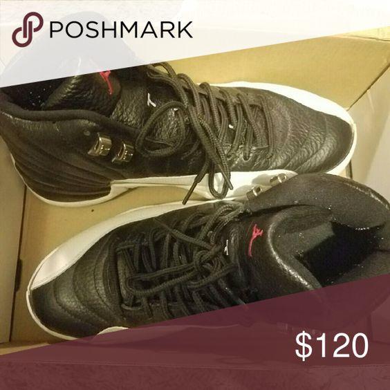 Jordan shoes for sell Size 9 in men. Semi new conditions. Askibg for $120  0b0 Jordan Shoes Sneakers