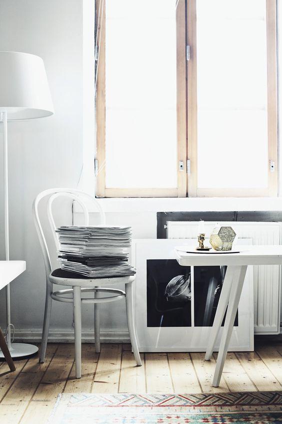 Haus Interieur in Weiß und dunklem Holz   Die zweite Etage