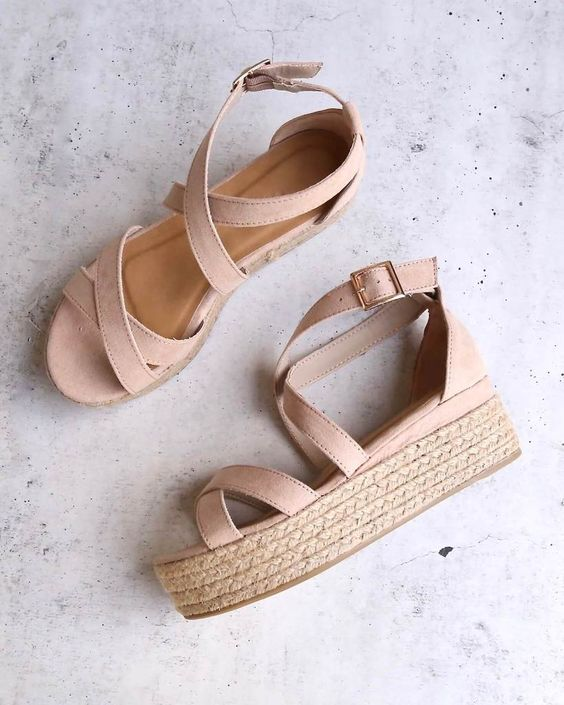 STRAPPY SANDALS CRISS CROSS ANKLE STRAP HIGH HEELS SHOES