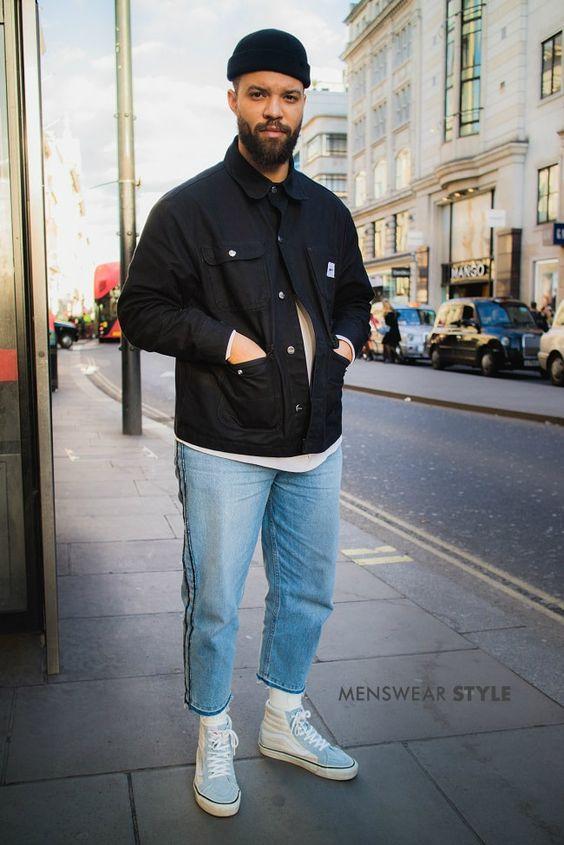 海外メンズブラックデニムジャケットコーデJanson on the streets of London wears High Top Vans, Fisherman Beanie and Shirt Jacket in spring 2018.