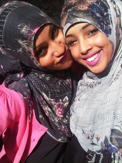 HOT SOMALI GIRLS - YouTube