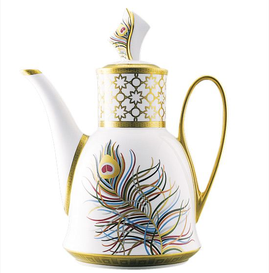 Peacock tea pot: