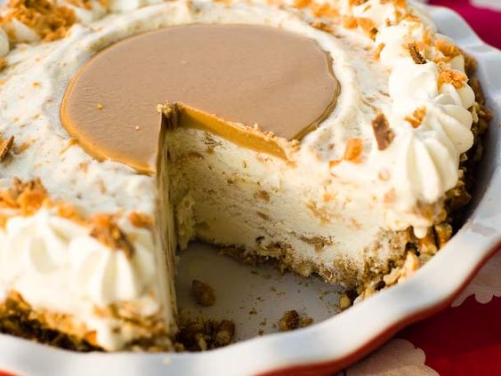 Peanut Butter Pretzel Pie.  Dear. God...