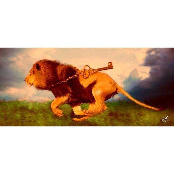 Apocalipse 1 - 18. e o que vivo; fui morto mas eis aqui estou vivo pelos séculos dos séculos; e tenho as chaves da morte e do inferno. - Bíblia JFA OFFline #jesus #jesuscristo #leao #lion #mission #missions #church #soufilhadorei #dougther #middleeast #pkk #ypk #prayformiddleeast #siria #iraq #iran #jordania #jordan #turquia #ywam #ywamkc #dedentroprafora #blogcristão #blogueiracristã #blogueira by danilacps http://bit.ly/dtskyiv #ywamkyiv #ywam #mission #missiontrip #outreach