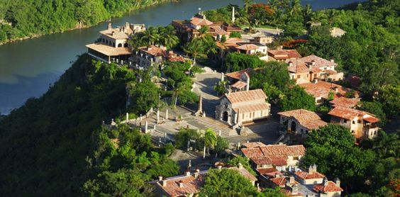 Altos de Chavon im Dominikanische Republik Reiseführer http://www.abenteurer.net/1513-dominikanische-republik-reisefuehrer/