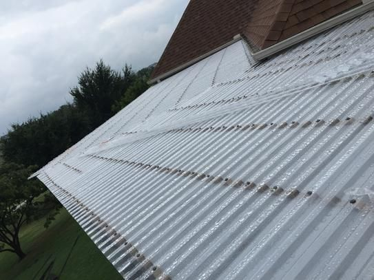 Suntuf 26 In X 12 Ft Polycarbonate Roofing Panel In Clear 101699 At The Home Depot Mobile Roof Panels Roofing Corrugated Roofing