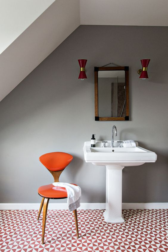 Stylish Colorful Bathrooms