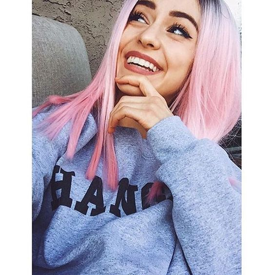 pink hair; yay or nay?👅 -izzy @voguefreaks