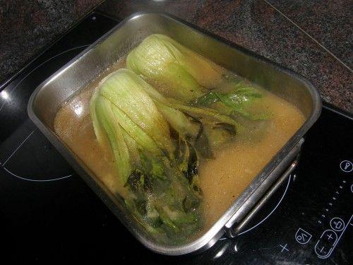 ...puis cuisant dans le bouillon...