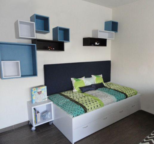 Cuando tienes poco espacio podemos hacer un dise o como - Dormitorios con poco espacio ...
