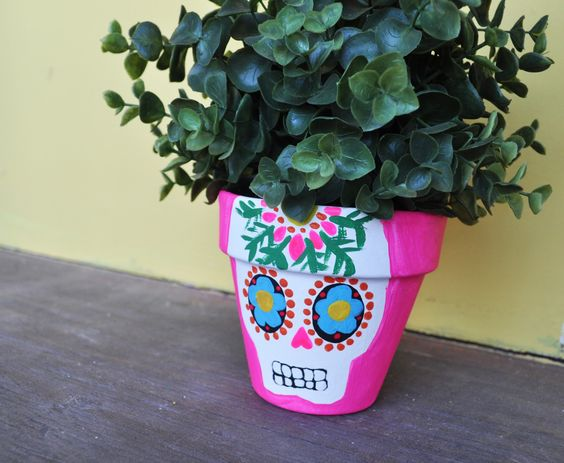 Artelexia: Day of the Dead DIY #9: Sugar Skull Planters ...