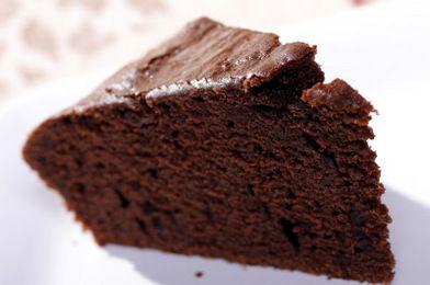 Pastel de chocolate rápido y ligero