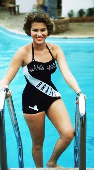 Maria Marta Hacker Rocha - Miss Universe Brazil 1954