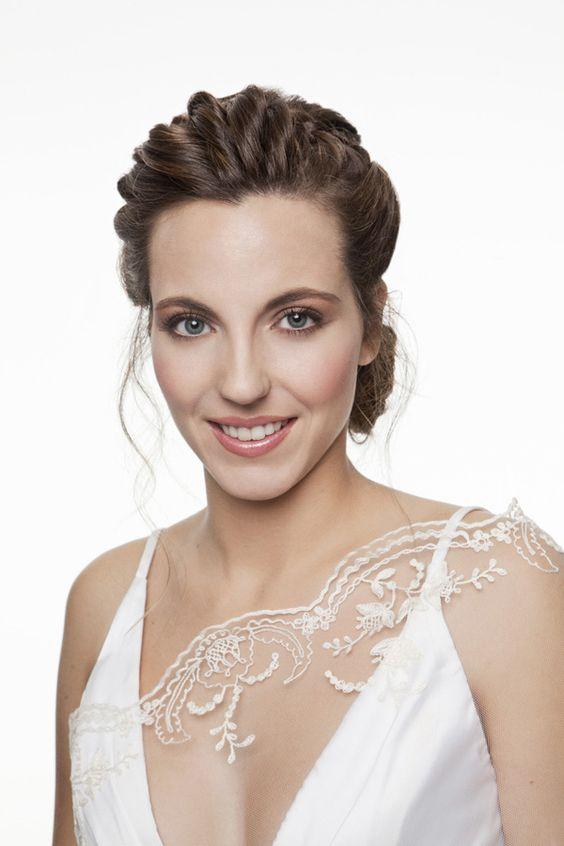 Maquillaje romántico y natural para novias. Propuesta de ArtLab Salón #maquillajenovia #bridemakeup #tendenciasdebodas