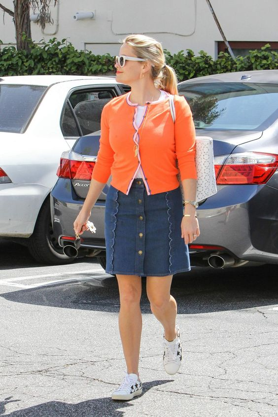 reese-witherspoon-out-and-about-in-los-angeles-04-01-2016_4.jpg (1200×1800)