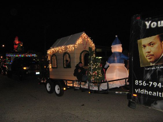 Here we are at the Vineland Christmas Parade promoting a Smoke Free Home for the Holidays.