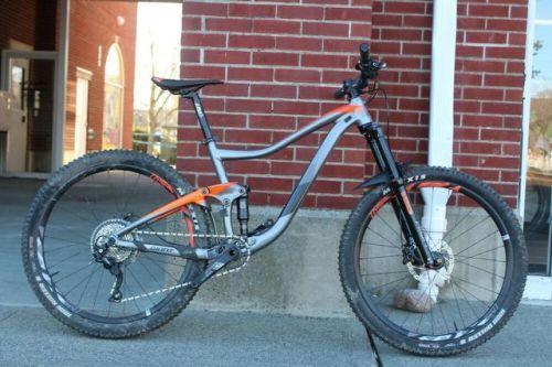 Buy 2018 Giant Trance 3 Full Suspension Mountain Bike Medium Full Suspension Mountain Bike Giant Trance Bicycle