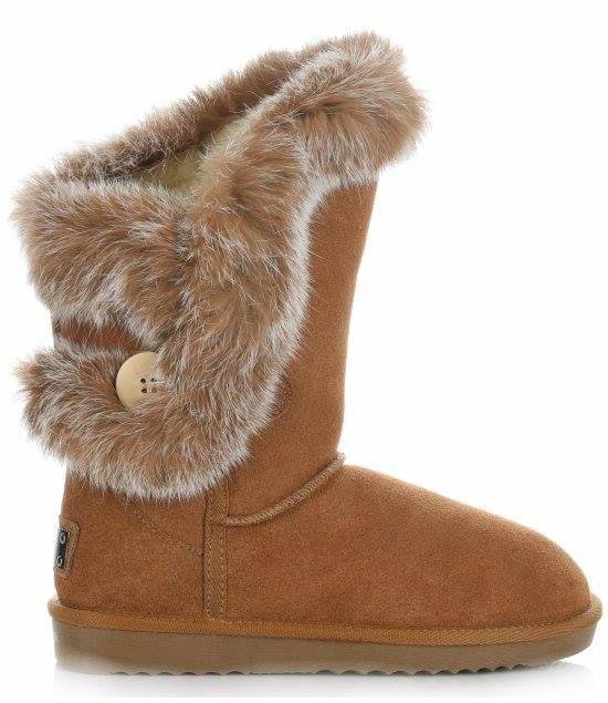 Cieplo Cieplej Najcieplej Modne I Oryginalne Sniegowce Prosto Z Wloch Wykonczone Futrem Naturalnym Z Krolika Zapewniaja Ciepl Bearpaw Boots Boots Shoes