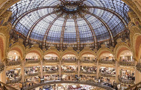 """フランス観光開発機構【公式】 on Twitter: """"パリのギャラリーラファイエット百貨店の木曜日閉店時間が21時から20時半に変更。20時以降の免税書類作成はジャパニーズ・カスタマー・サービスではなく、インターナショナルの免税カウンターで受付。RT  @Galeries_Laf  https://t.co/oVpzgWjaWO"""""""