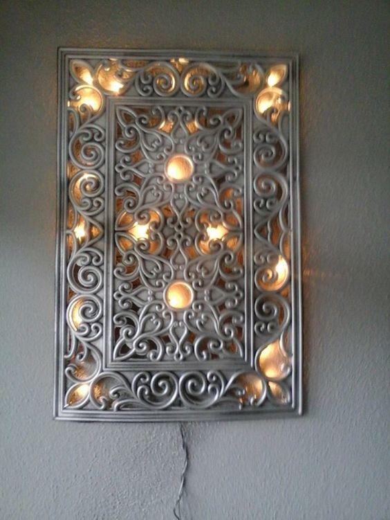 Heb een rubberen mat zilver gespoten en kerst verlichting achter gemakt idee n voor het huis - Maken van zijn boekenkast ...