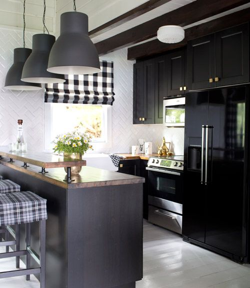 The Block Kitchen Pendant Lights: 22 Amazing Kitchen Makeovers