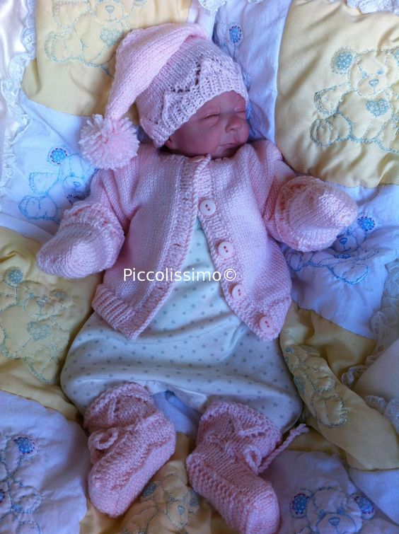 pink knitted set 4 piece Big preemie Piccolissimo