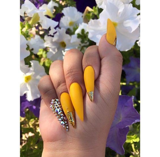 Short Long Stiletto Nails Glitter Stiletto Nail Art Ideas Classy Stiletto Nail Designs Matte Nail Art Designs Yellow Nails Yellow Nails Design Nail Designs