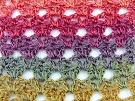 Estas hermosas muestras van a inspirarte verdaderamente. Son puntos calados en crochet con muestras, y tienen la característica de ser muy sencillos y rápidos de elaborar