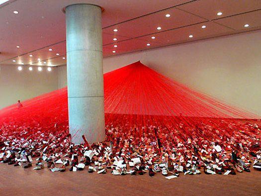 Chiharu Shiota Art