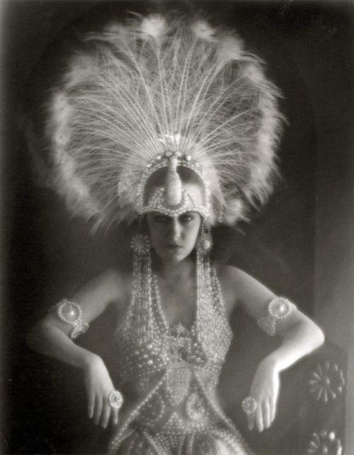 #1920s #headpiece: