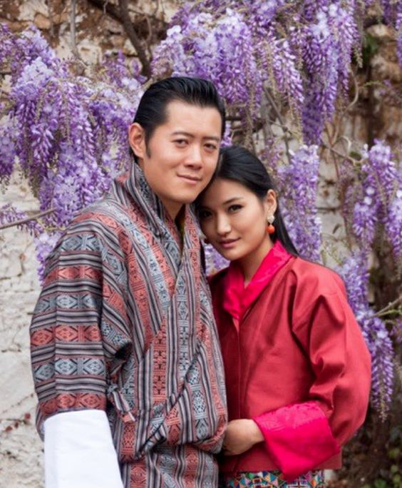 King And Queen Of Bhutan Asian Royals Pinterest Bhutan - The most eco friendly country in the world just planted 108000 trees to celebrate a new royal arrival
