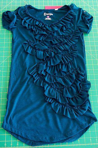 Ruffle t-shirt tutorial by Noel Culbertson