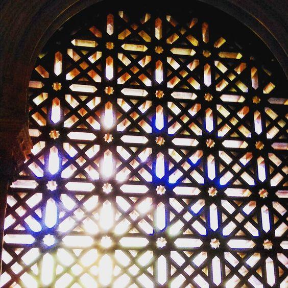 #lumière #luz #light #summer #sun #souvenir #mosquée #cathedral #catedral #cordoue #cordoba #spain #espagne #Andalousie #porte #quelalumieresoit #arab by jbyjenny
