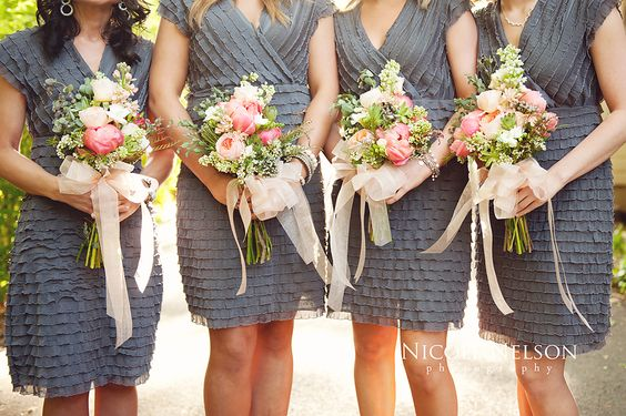 Photobucket/ Bowcutt's Floral Wedding