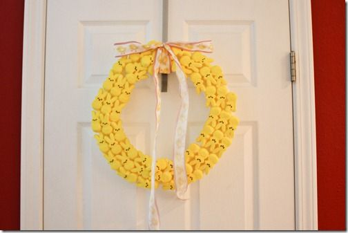 how to make an easter peep wreath