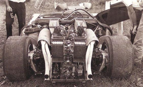 Ferrari 350 can-am Laguna Seca 67 Monterey 0860 engine