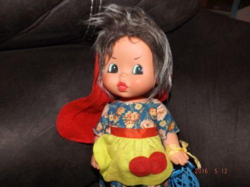 Fiba-Vinyl-Little-Red-Riding-Hood-Doll-Made-in-Italy-V64-A28O