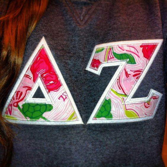 Delta Zeta Lilly Pulitzer <3 I want this to be my alumnae sweatshirt!