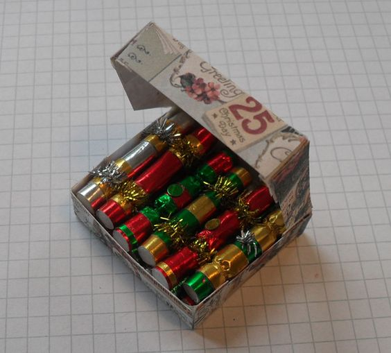 Swell Christmas Crackers Miniature Christmas And Crackers On Pinterest Easy Diy Christmas Decorations Tissureus