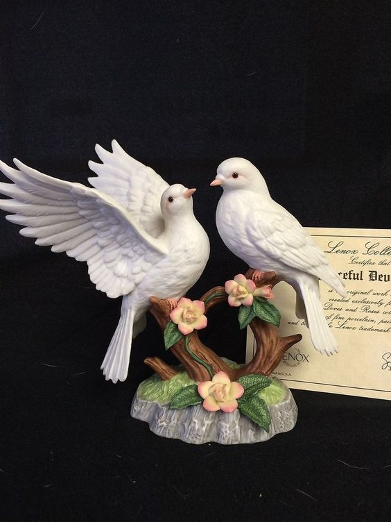 LENOX GARDEN BIRDS Peaceful Devotion Doves & Roses 1991 w/COA
