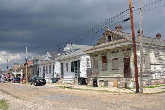 Shotgun houses, Mid City, New Orleans, LA